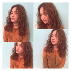ウェーブ ストリート セミロング 波ウェーブ ヘアスタイルや髪型の写真・画像