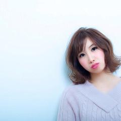ピンク フェミニン ガーリー 外ハネ ヘアスタイルや髪型の写真・画像