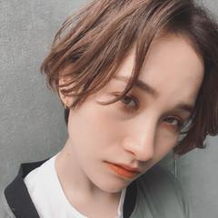 アウトドア ウェーブ アンニュイ スポーツ ヘアスタイルや髪型の写真・画像