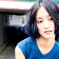ボブ ネイビーアッシュ ブルーグラデーション ターコイズブルー ヘアスタイルや髪型の写真・画像