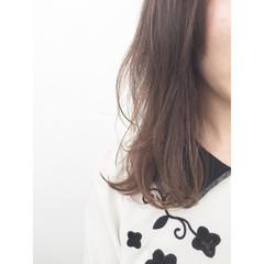 アッシュ イルミナカラー フェミニン ゆるふわ ヘアスタイルや髪型の写真・画像