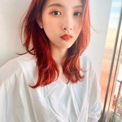 レイヤーカット 韓国ヘア ガーリー オレンジカラー ヘアスタイルや髪型の写真・画像