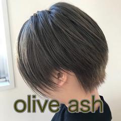 ショート ストリート オリーブアッシュ デート ヘアスタイルや髪型の写真・画像