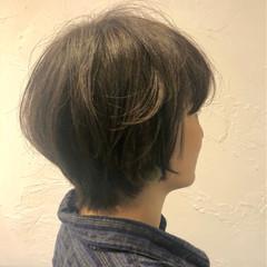 ナチュラル くせ毛風 小顔 大人かわいい ヘアスタイルや髪型の写真・画像