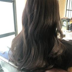 ラベンダーグレージュ グレージュ デジタルパーマ ロング ヘアスタイルや髪型の写真・画像