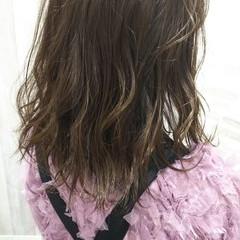 ヘアカラー ガーリー ダブルカラー セミロング ヘアスタイルや髪型の写真・画像