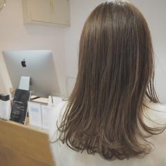 セミロング 大人かわいい ニュアンス ナチュラル ヘアスタイルや髪型の写真・画像