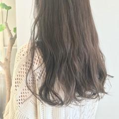 アッシュグレー オリーブグレージュ アッシュベージュ アッシュ ヘアスタイルや髪型の写真・画像