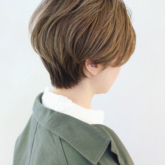 ブリーチ 外国人風カラー バレイヤージュ ショート ヘアスタイルや髪型の写真・画像