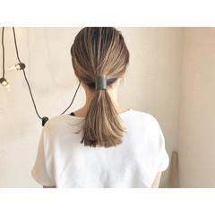 ナチュラル ミルクティー ヘアアレンジ コントラストハイライト ヘアスタイルや髪型の写真・画像