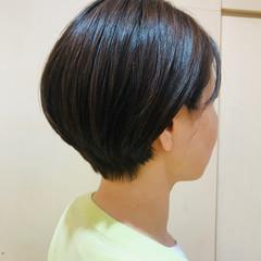 大人ショート 簡単スタイリング ナチュラル ショートヘア ヘアスタイルや髪型の写真・画像