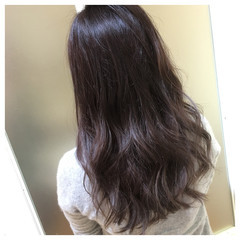 ウェーブ ストリート ダブルカラー ラベンダーアッシュ ヘアスタイルや髪型の写真・画像