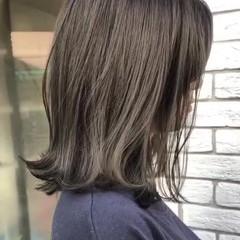 ボブ オリーブカラー オリーブアッシュ オリーブベージュ ヘアスタイルや髪型の写真・画像