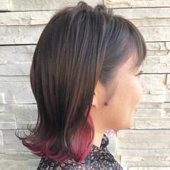 ピンク ガーリー インナーカラー 外ハネ ヘアスタイルや髪型の写真・画像