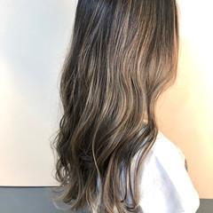 ロング ストリート ハイライト 透明感カラー ヘアスタイルや髪型の写真・画像