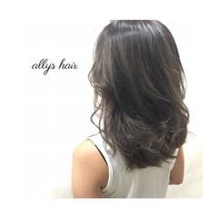 アッシュ 外国人風 ミディアム 暗髪 ヘアスタイルや髪型の写真・画像