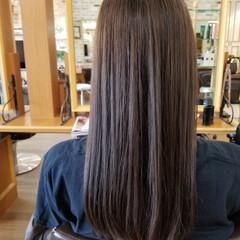 オフィス アッシュ ナチュラル 艶髪 ヘアスタイルや髪型の写真・画像