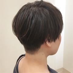 刈り上げショート イルミナカラー 刈り上げ 刈り上げ女子 ヘアスタイルや髪型の写真・画像
