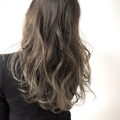 ロング ハイライト グラデーションカラー 外国人風 ヘアスタイルや髪型の写真・画像