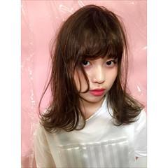 ガーリー ミディアム ストレート 暗髪 ヘアスタイルや髪型の写真・画像