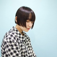 ミニボブ 黒髪 ワイドバング モード ヘアスタイルや髪型の写真・画像