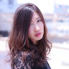アッシュ モテ髪 外国人風カラー エレガント ヘアスタイルや髪型の写真・画像
