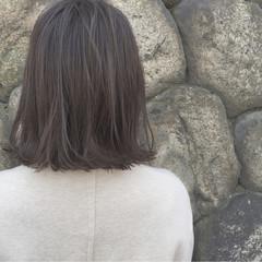 外ハネ アッシュ ロブ ボブ ヘアスタイルや髪型の写真・画像