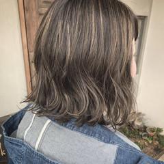 ハイライト 切りっぱなしボブ アンニュイほつれヘア ナチュラル ヘアスタイルや髪型の写真・画像