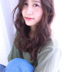 外国人風 ゆるふわ グラデーションカラー フェミニン ヘアスタイルや髪型の写真・画像