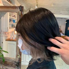 イヤリングカラー 切りっぱなしボブ ブリーチカラー インナーカラー ヘアスタイルや髪型の写真・画像