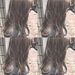 ブルージュ ナチュラル アッシュグレージュ グレージュ ヘアスタイルや髪型の写真・画像