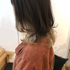 インナーカラー レイヤーカット ミディアム ウルフカット ヘアスタイルや髪型の写真・画像
