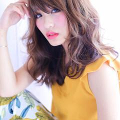 外国人風 ガーリー ミディアム ゆるふわ ヘアスタイルや髪型の写真・画像