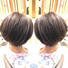 バレイヤージュ アディクシーカラー ショート イルミナカラー ヘアスタイルや髪型の写真・画像