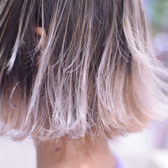 モード バレイヤージュ 裾カラー 切りっぱなしボブ ヘアスタイルや髪型の写真・画像