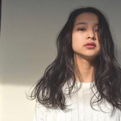 ロング ニュアンス 透明感 パーマ ヘアスタイルや髪型の写真・画像