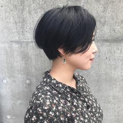 ショートボブ ナチュラル モード ウェットヘア ヘアスタイルや髪型の写真・画像