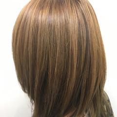透明感 ストリート ハイライト セミロング ヘアスタイルや髪型の写真・画像