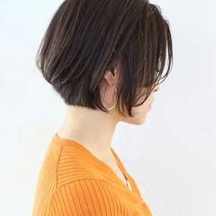 ハンサムショート フェミニン パーマ アンニュイほつれヘア ヘアスタイルや髪型の写真・画像