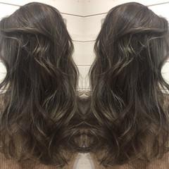 ナチュラル 暗髪 アッシュ グラデーションカラー ヘアスタイルや髪型の写真・画像