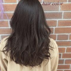 くせ毛風 ナチュラル アッシュ ロング ヘアスタイルや髪型の写真・画像