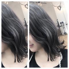 ブルージュ ミディアム グラデーションカラー ストリート ヘアスタイルや髪型の写真・画像