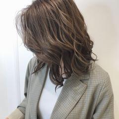 切りっぱなしボブ ロブ ナチュラル ベージュ ヘアスタイルや髪型の写真・画像