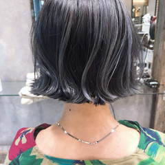 グレー ブルージュ アンニュイほつれヘア ボブ ヘアスタイルや髪型の写真・画像