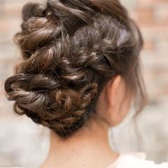 フェミニン セミロング ヘアアレンジ 簡単ヘアアレンジ ヘアスタイルや髪型の写真・画像