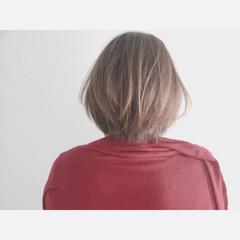 アッシュ 色気 ナチュラル グレージュ ヘアスタイルや髪型の写真・画像