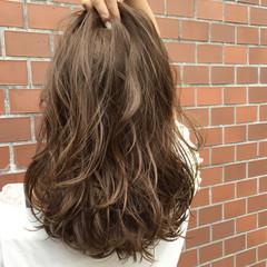 ハイライト 外国人風 セミロング ストリート ヘアスタイルや髪型の写真・画像