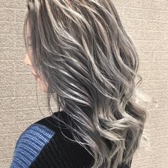 外国人風カラー ミディアム バレイヤージュ デート ヘアスタイルや髪型の写真・画像
