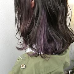 インナーカラー ピンク ミディアム 外ハネ ヘアスタイルや髪型の写真・画像