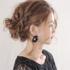 オフィス 結婚式 セミロング ウェーブ ヘアスタイルや髪型の写真・画像